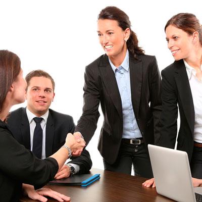 cómo asegurar una empresa
