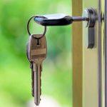 Contratar seguro de impago de alquiler, una opción en auge