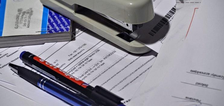 como hacer facturas de autonomos