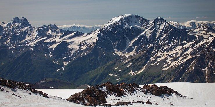 elbrus pico mas alto de europa