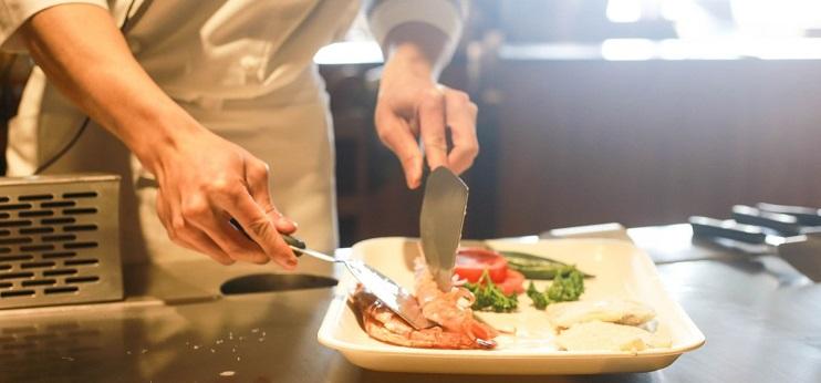 cocinero en restaurante